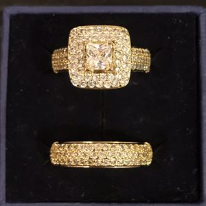 Unisex 👰💍18K ⚡️ YELLOW ⚡️ Gold bond Engagement /Wedding Ring Set- PrinC- Cut for Sale in Houston, TX