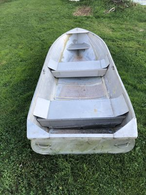 12ft aluminum boat for Sale in North Bend, WA