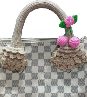 Crochet handle covers for Louis Vuitton speedy alma for Sale in Austin, TX