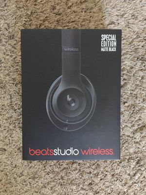 Beats studios wireless matte black for Sale in El Cajon, CA
