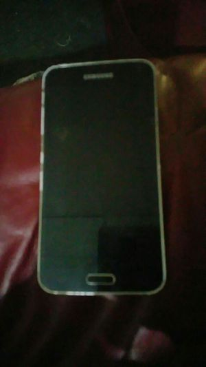 Samsung Galaxy s5 for Sale in Henderson, KY