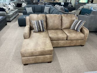 Sofa chaise/ Small Sectional for Sale in Midvale,  UT