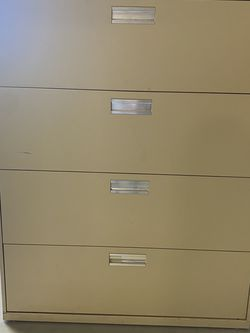 HON, Metal Filing Cabinet, Color Cream for Sale in Troutdale,  OR