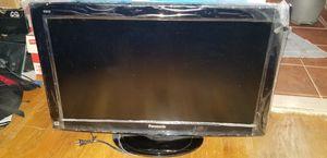 Panasonic Viera TC-32LX14 for Sale in NEW CARROLLTN, MD