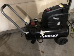 Husky 8 GAL. Air compressor for Sale in Huntington, IN