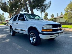2000 Chevy blazer for Sale in Moreno Valley, CA