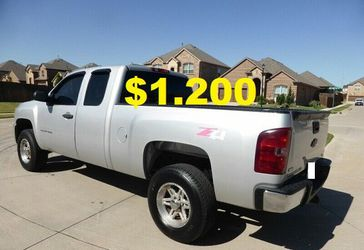 ⭐️2011 Chevrolet Silverado'Clean title $12OO ⭐️ for Sale in Washington,  DC