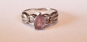 Stunning Vintage Estate Sterling Silver genuine 1.5CT amethyst and diamond ring size 9 for Sale in Lake Stevens, WA