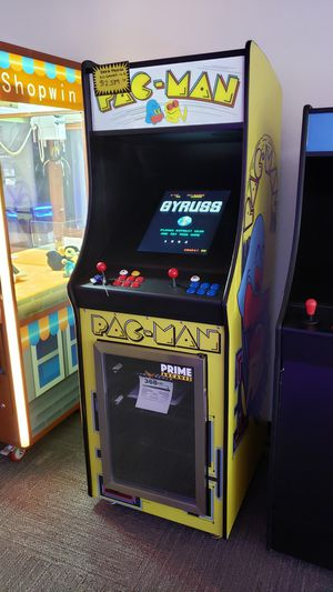 60 in 1 Arcade 2 Player with built-in Fridge for Sale in Anaheim, CA