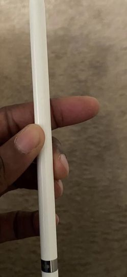 I Pad 6th generation With Apple Pencil And Apple Pencil Charging Stand for Sale in Bartow,  FL