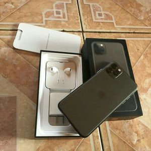 IPhone 11 Pro Max for Sale in Las Vegas, NV
