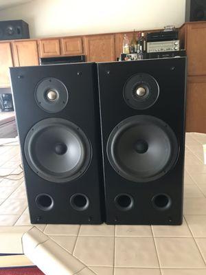 Polk Audio Loud Bookshelf Speakers for Sale in Peoria, AZ