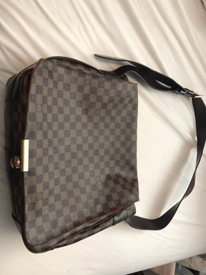 Louis Vuitton Bag for Sale in Tigard, OR