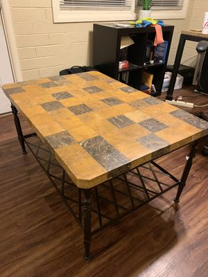 coffee table and 2 end tables for Sale in Scottsdale, AZ
