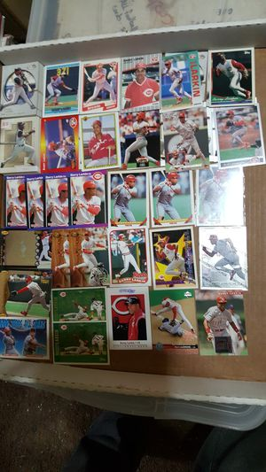Barry larkin HOF baseball card collection of over 50 cards for Sale in Brooklyn, NY