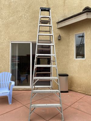 10 foot ladder for Sale in Santa Maria, CA