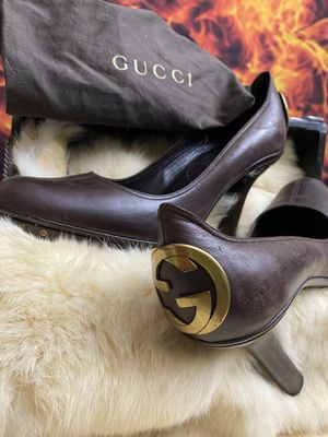 Gucci Mary Jane pumps size 9 b for Sale in Jacksonville, FL