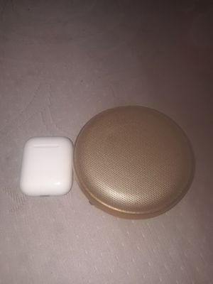 Airpod case and speaker for Sale in Takoma Park, MD