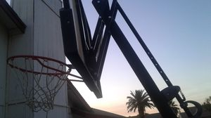 adjustable basketball hoop for Sale in Peoria, AZ