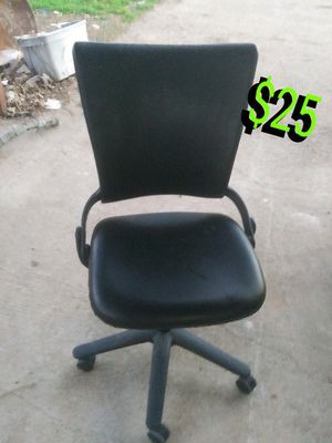 Office chair for Sale in Burleson, TX
