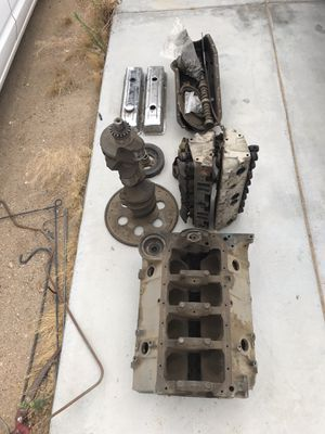 Chevy 305 engine for Sale in Hesperia, CA