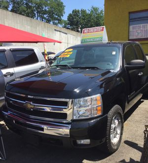2010 Chevy Silverado for Sale in Yonkers, NY