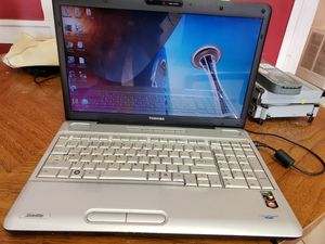 Toshiba laptop for Sale in Mount Vernon, WA