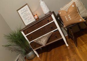 Dresser for Sale in Sacramento, PA