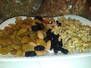 Walnuts and Jumbo Raisins! $7.00 Individually or Mixed!! for Sale in Turlock, CA