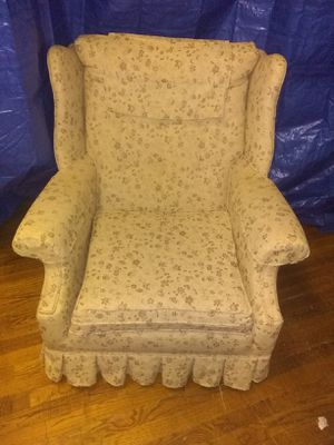 Over stuffer chair (new holpostry) for Sale in Geneseo, KS
