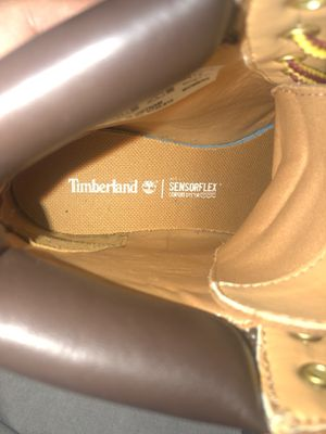 Botas timberland size6 for Sale in Las Vegas, NV
