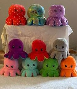 Riversable Octopus ,3 on top are $10 each and the rest are $9 each for Sale in Dallas,  TX