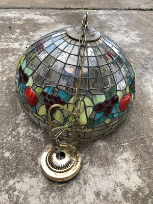 Tiffany vintage hanging light. for Sale in Houston, TX