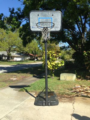 Basketball Hoop for Sale in Largo, FL