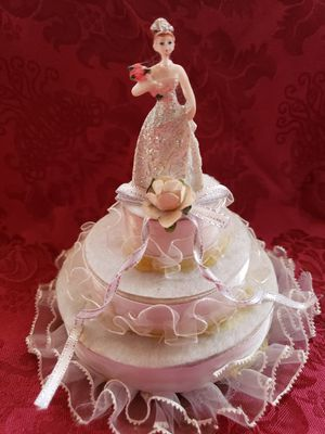 Cake topper for Quinceanera for Sale in Riverside, CA