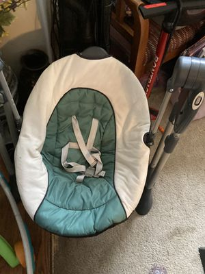 Baby swing for Sale in Romeoville, IL