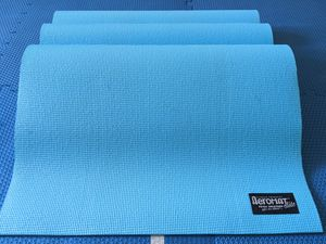 Yoga Workout Kit (mat, rollers, resistance) for Sale in San Mateo, CA