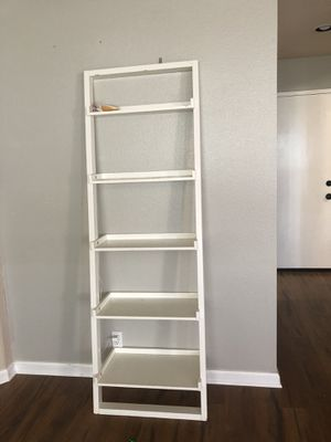 2pcs bookshelves for Sale in Alta Loma, CA