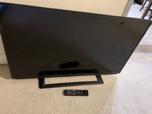 42inch Toshiba tv with remote for Sale in Mission Viejo, CA
