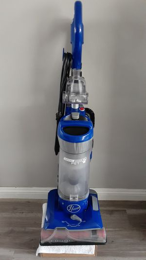 Hoover Windtunnel Total Home Pet Bagless Vacuum (Price is Firm) for Sale in Gardena, CA