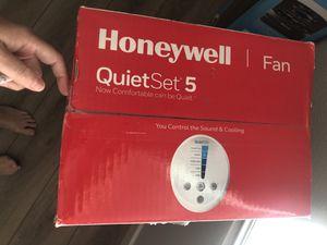 Honeywell fan for Sale in Fresno, CA