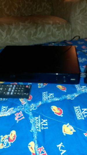 LG smart blu-ray player model BP350 for Sale in Lincoln, NE