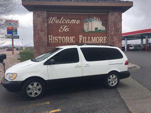 Toyota Sienna mini van for Sale in San Bernardino, CA