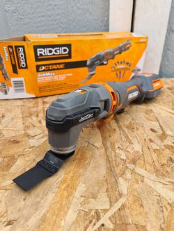 Ridgid 18-Volt OCTANE Cordless Brushless JobMax Multi-Tool with Tool-Free Head for Sale in Snohomish,  WA
