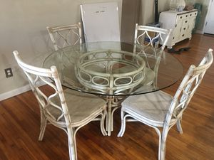 Dining table for Sale in Clearwater, FL