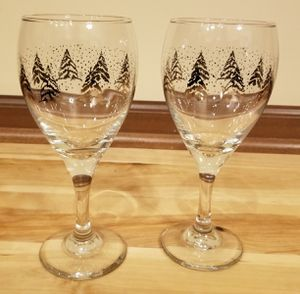 Gold Christmas Tree Wime Glass Set for Sale in Andover, MN