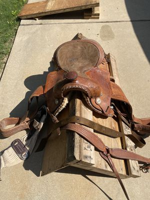 "16"" Custom Western Saddle for Sale in Fort Worth, TX"