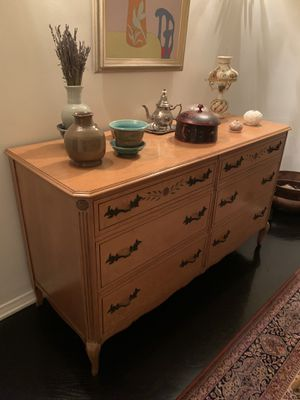 Antique dresser for Sale in Beverly Hills, CA