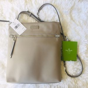 Kate Spade Crossbody NWT for Sale in Brooks, OR