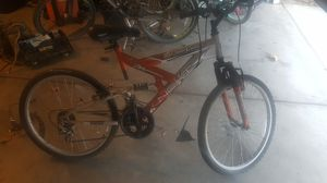Mountain Bike/Adult for Sale in Hesperia, CA